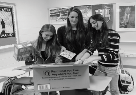 EHS holds book drive, donates to Children's Inn
