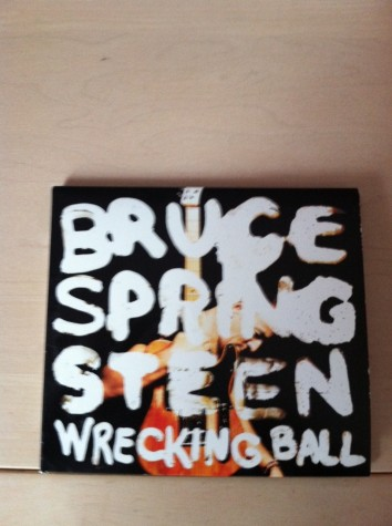 Springsteen disappoints with 'Wrecking Ball'