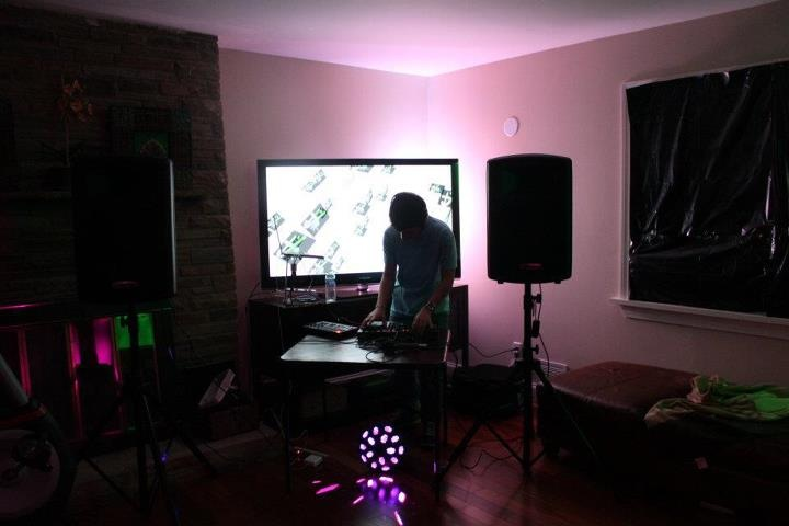 Battle of the DJs seeks musical champion