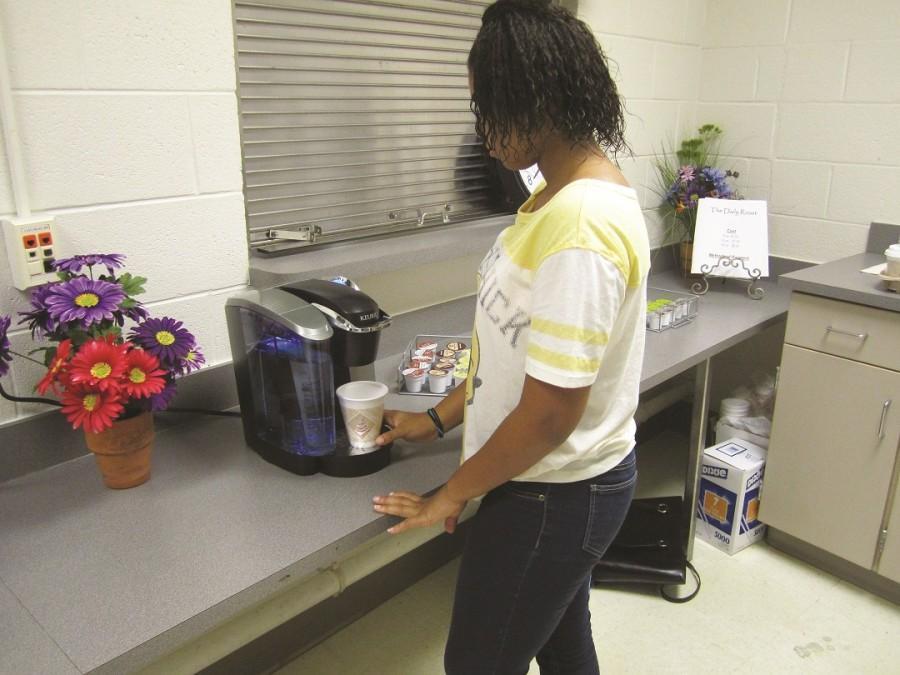 Student-run Daily Roast gets teachers going