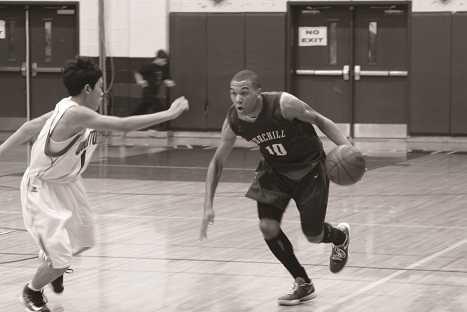 Boys basketball keeps its eyes on states