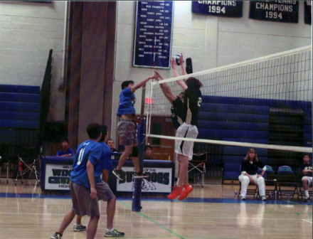Boys Volleyball suffers disappointing playoff run