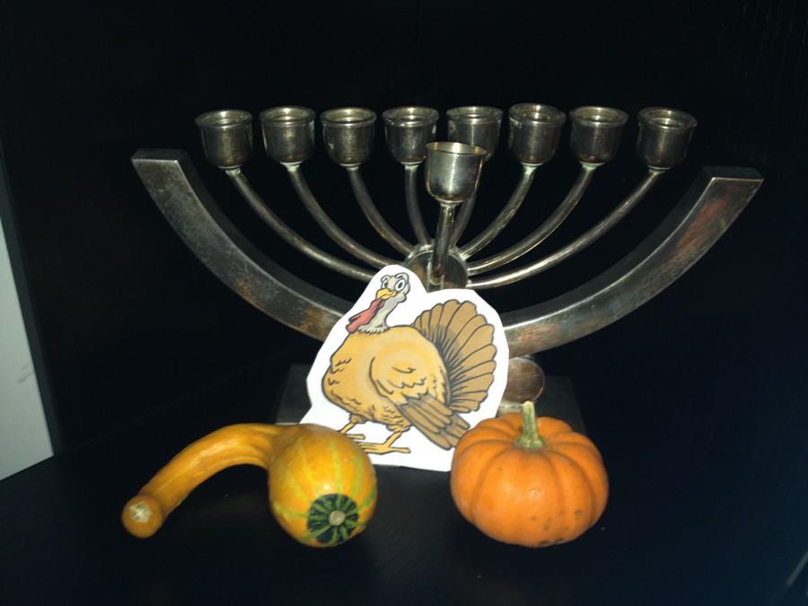 O, Thanksgivukkah: Let's light the menurkey!