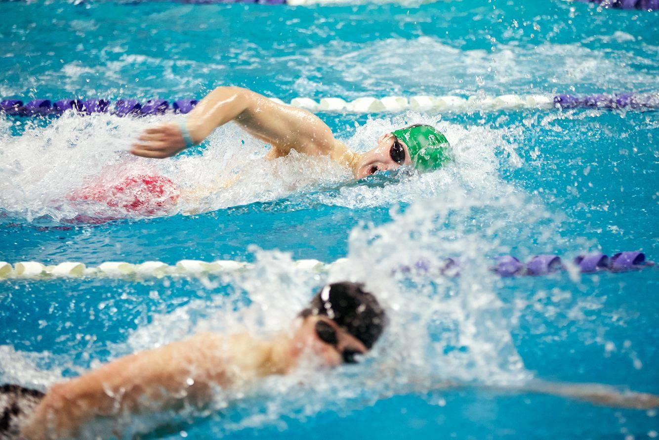 Junior Zack Einhorn's 200 freestyle at the Maryland State Championships qualified him for the National Club Swimming Association Junior Nationals Competition.