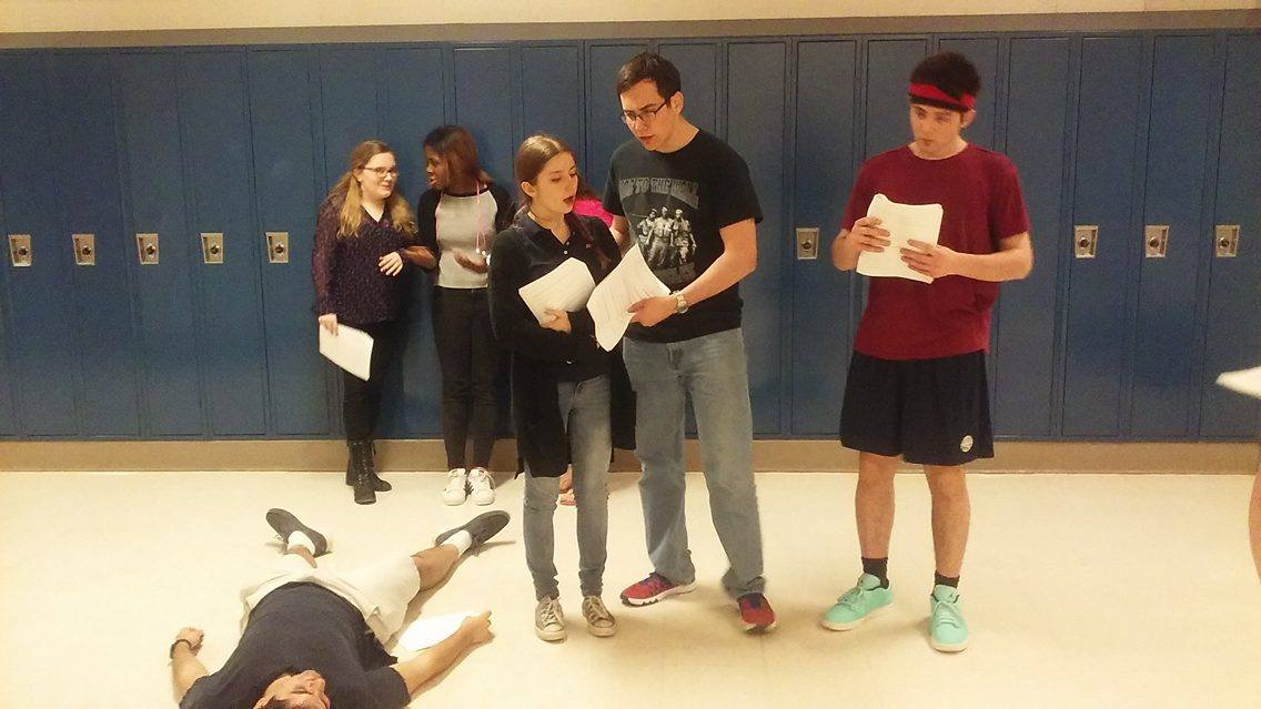 CHS+students+rehearse+Remington+Steele%E2%80%99s+scene+that+he+wrote+himself%2C+a+comedy+about+a+bumbling+detective.