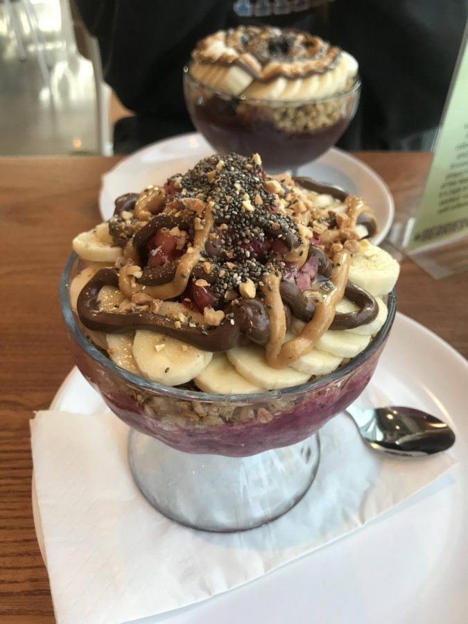 Berries and Bowls opens in Kentlands this September