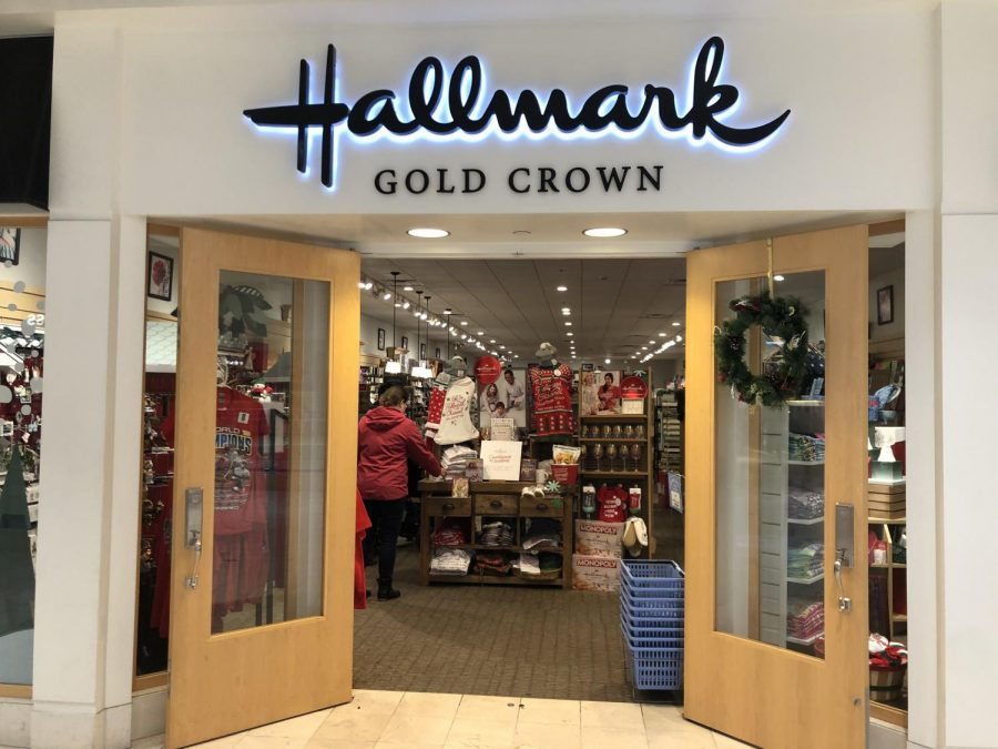 Seasonal+stores+such+as+the+Hallmark+store+in+Montgomery+Mall+set+up+holiday+decorations+weeks+before+the+holiday+season+begins+to+get+customers+excited+for+great+holiday+sales+and+deals.