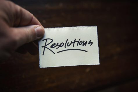 Every year, a section of people decide to write down their resolutions for the year to follow. However, others believe that this is nonsense and you can decide to change your lifestyle any day of the year. Which person are you?