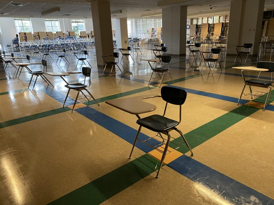 The lunchroom at WCHS has desks spread out so students can practice social distancing. The lunchroom and Auxiliary Gym will be used for students eating lunch in Phase 1.2.