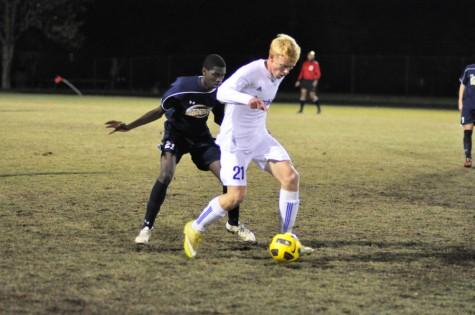 Boys soccer loses to Blair in regional semifinal