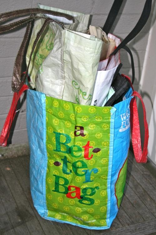 Paper%2C+plastic+bag+tax+hits+retail+stores+Jan.+1