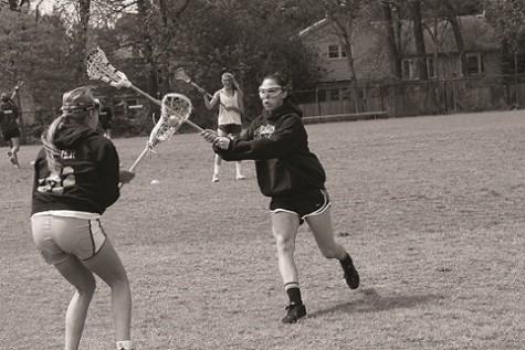Girls lacrosse offense dominates opposition