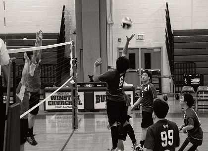 Boy's volleyball falls in first round of playoffs