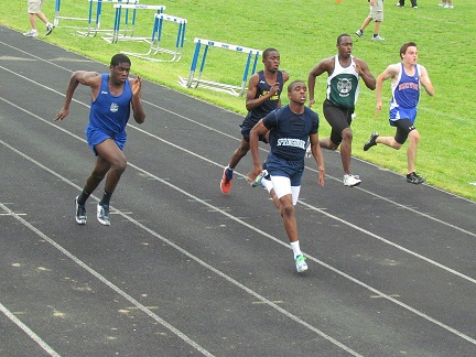 Track achieves personal goals set for Penn Relay