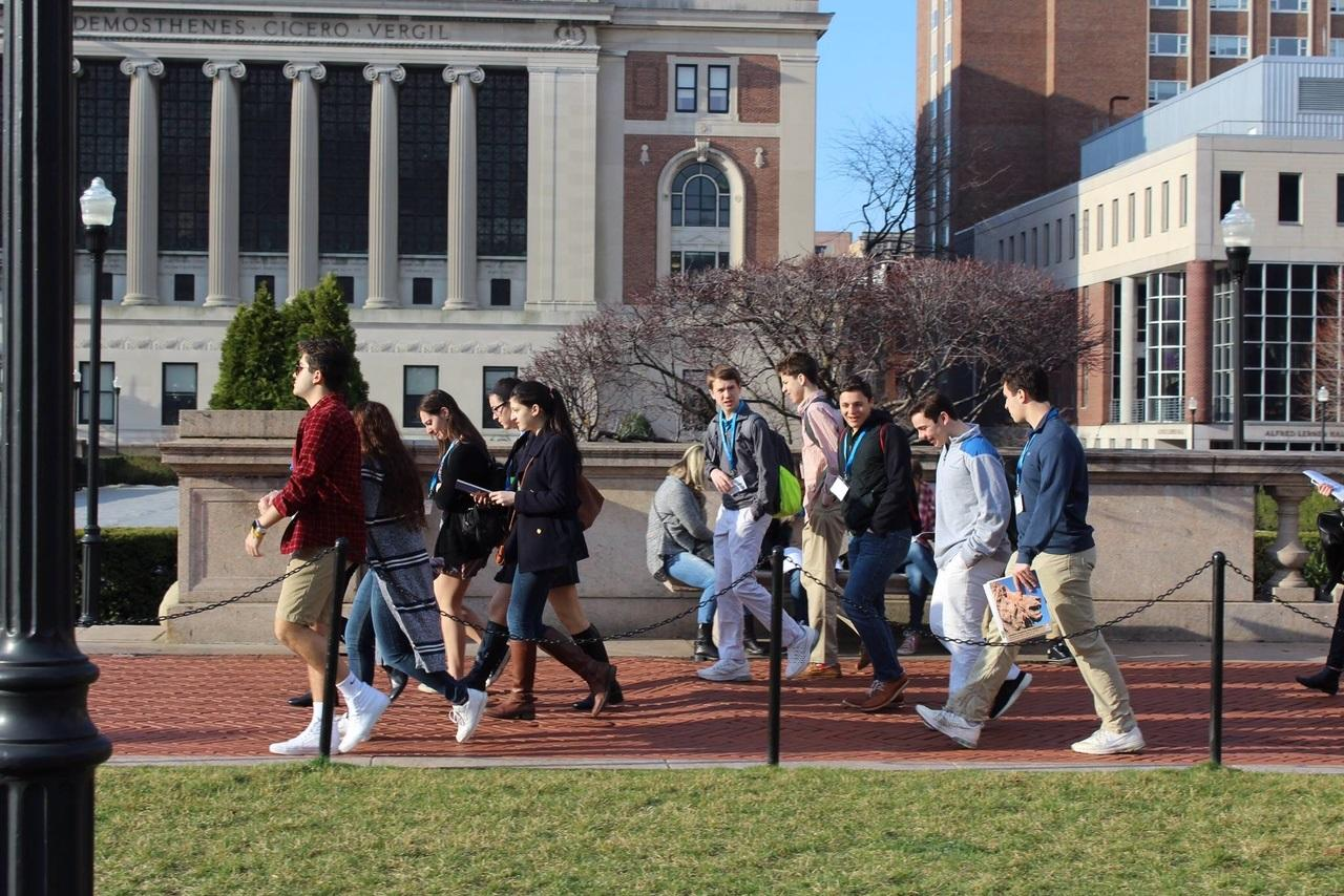 Journalism and Yearbook students take a stroll around the Columbia campus.