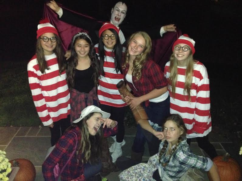 CHS sophomores dress up as cowgirls and Wheres Waldo on Halloween.
