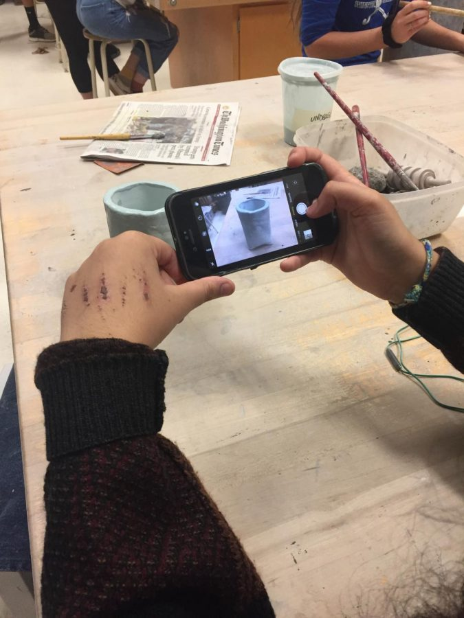 When applying to arts-based  majors in college, students often have to send portfolios or photographs of previous artwork.