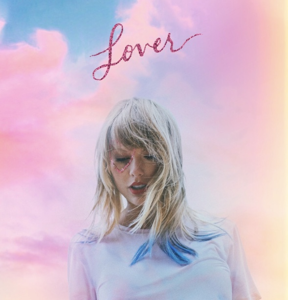 The+%22old+Taylor%22+treats+longtime+fans+with+the+drop+of+a+classic+Taylor+Swift+album%3A+%22Lover%22.+Fan+or+not%2C+everyone+seems+to+have+found+something+for+them+on+%22Lover%22.