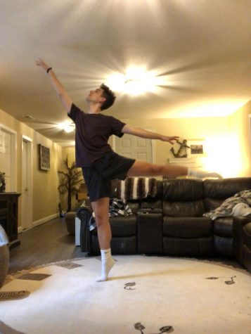 Senior Michael Castelli has been using dance as a way to cope during quarantine. Him and his friend have started teaching dance classes to help others stay active during this time.