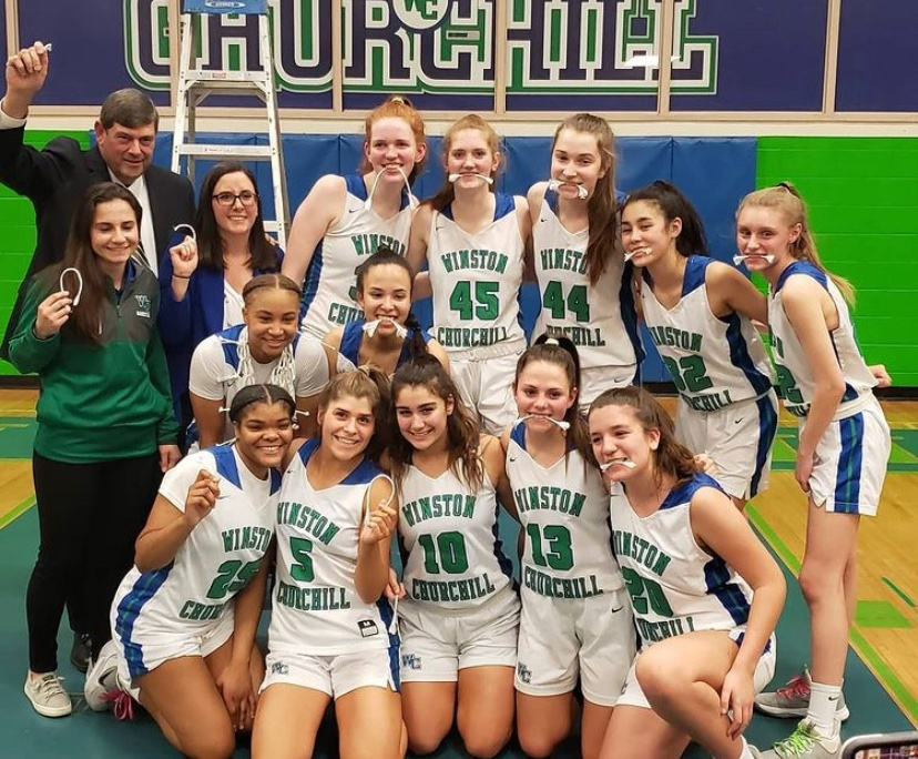 Despite losing players due to graduation, the girl's varsity basketball team feels confident in their team chemistry. Last year, the team made it to states before COVID-19 shut down the esteemed tournament. This year, they look to build on their strong chemistry and have another successful year.